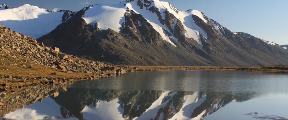 Трек в долину высокогорных озер